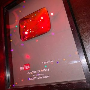 Laineybot YouTube Plaque